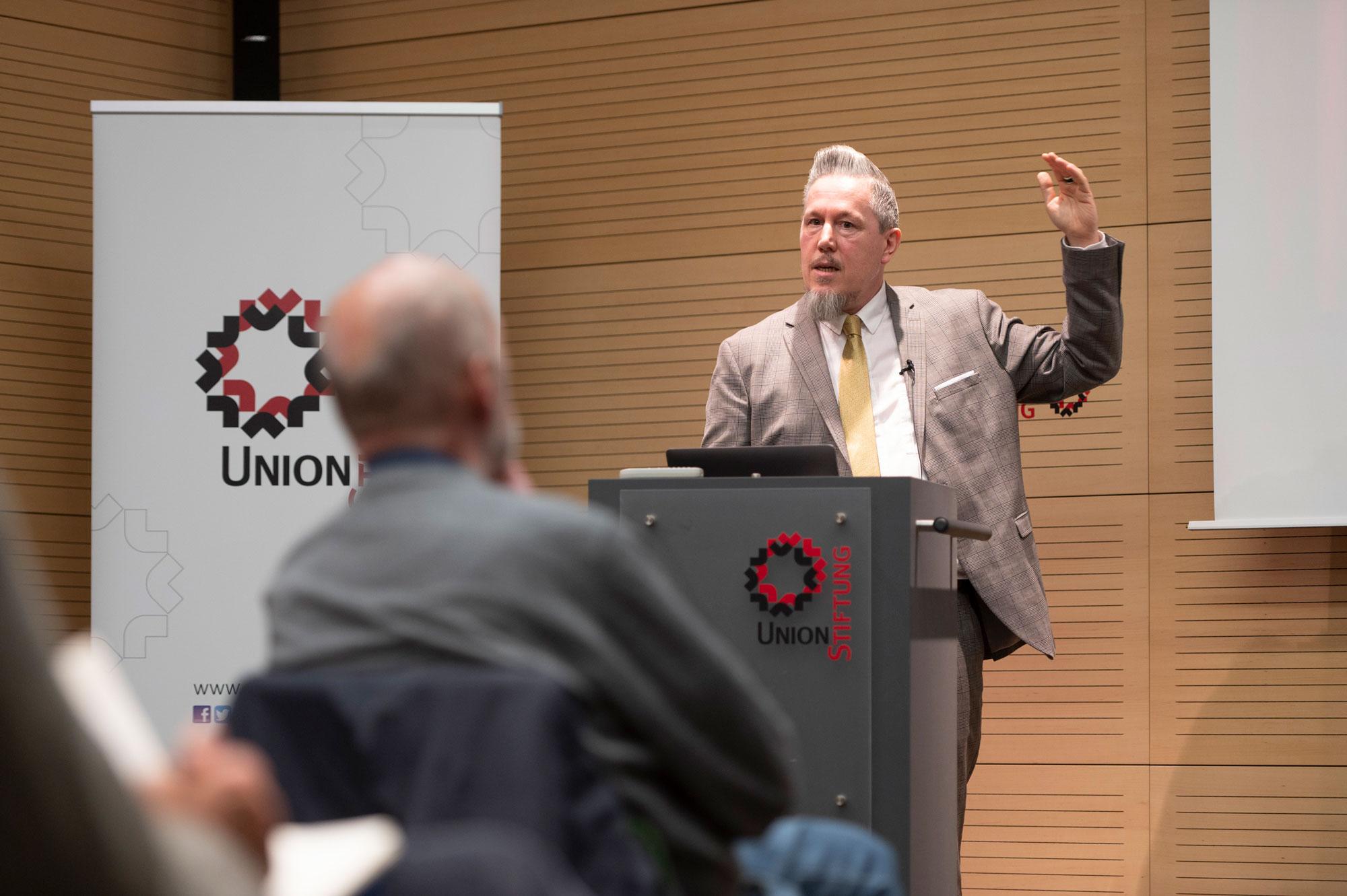 Union Stiftung Saarbrücken. Wie Netflix, Amazon Prime und Co. unsere Demokratie bedrohen
